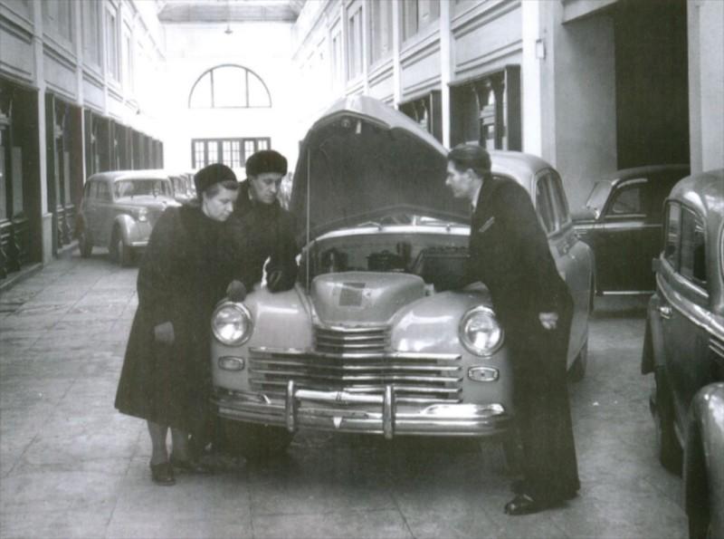 М20 215 Автомагазин